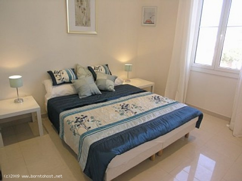 CONVENIENT MODERN 3 BEDROOMS  8 mn from palais des
