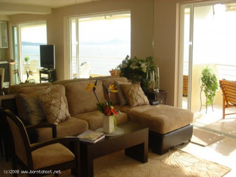 LUXURIOUS SEA VIEW 2  BEDROOMS 900 meter from pala