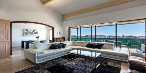 Spacious 4 bedrooms with Sea View, 5mn from Palais des Festivals