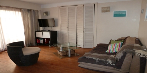 CHARMING 1 BEDROOM CLOSE TO CARLTON 10min from palais