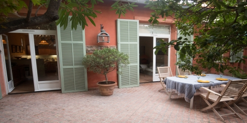 Charming house with garden 3 bedrooms, 20 min from the Palais