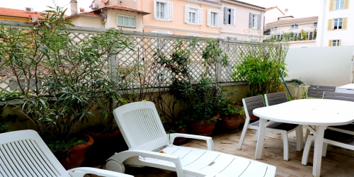 1 bedroom appartment with terrace, Grand Hotel Residence on the Croisette, 6 minutes from the Palais