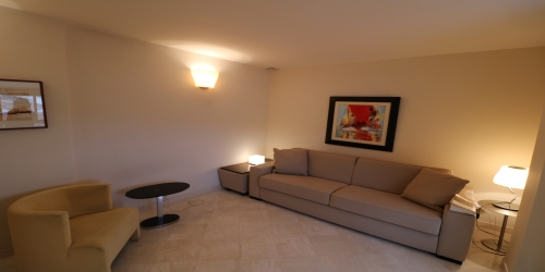 Spacious & Modern Studio 4 min from the Palais