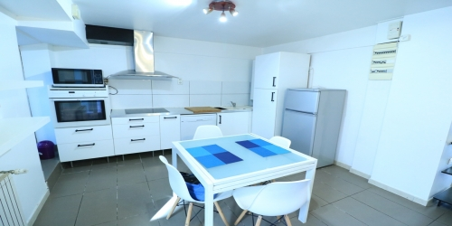 Beautiful town house 8 bedrooms 8 minutes from Palais