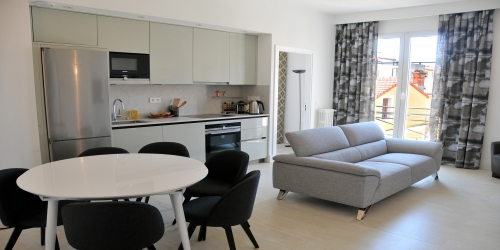 Central and Comfortable 3 Bedrooms 3 minutes from Palais