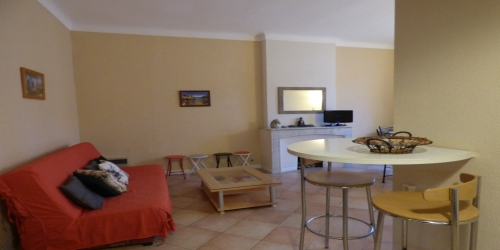 Spacious 2 bedrooms on rue d'Antibes 9 min from Palais