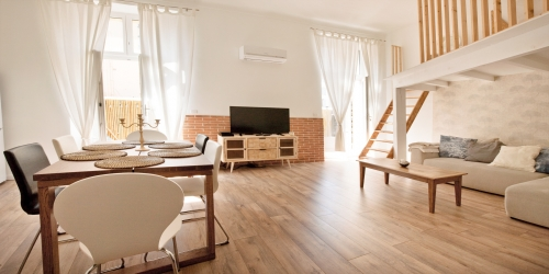 STYLISH DESIGN  ELEGANT 2 BEDROOMS 10 min from palais