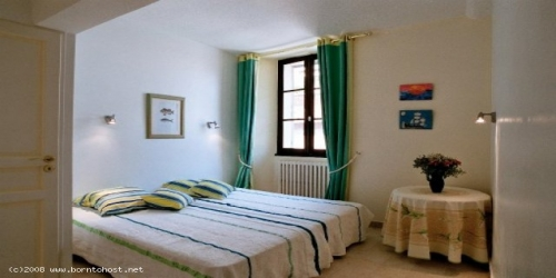 CLASSIC 3 BEDROOMS  2 mn from palais des festivals