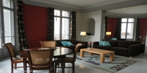 CLASSY SPACIOUS 1 BEDROOM 9 mn from Palais des Festivals