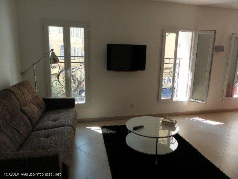 CENTRAL NEW 1 BEDROOM  2 mn from Palais des Festiv