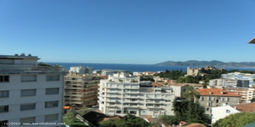 STYLISH SEA VIEW 1 BEDROOM 800 meters from Palais des Festivals