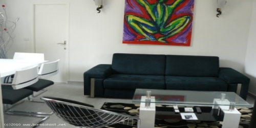 CHARMING  1 BEDROOM   4 mn from Palais des Festivals