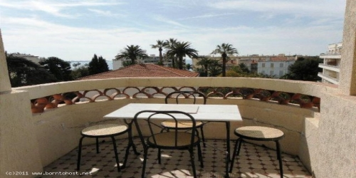 1 BEDROOM IN STYLISH HOUSE 15 mn from Palais des Festivals