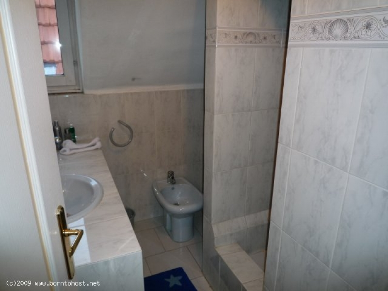 STYLISH VILLA APPARTMENT 4  BEDROOM 15 mn from pal