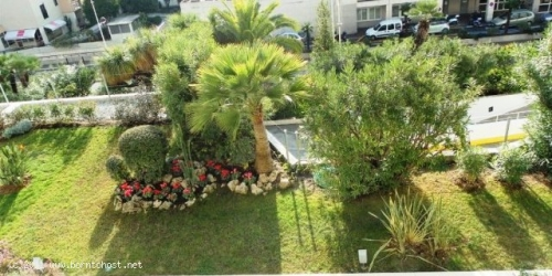 SEA VIEW 2 BEDROOMS 300 meters from Palais des Festivals