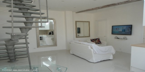 MODERN DUPLEX  3 BEDROOMS 6 mn from Palais des Festivals