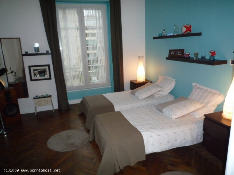SPACIOUS COSY 3 BEDROOMS  8 mn from palais des fes