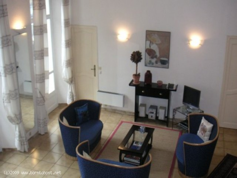 CLASSY 3 BEDROOMS 9 mn from palais des festivals