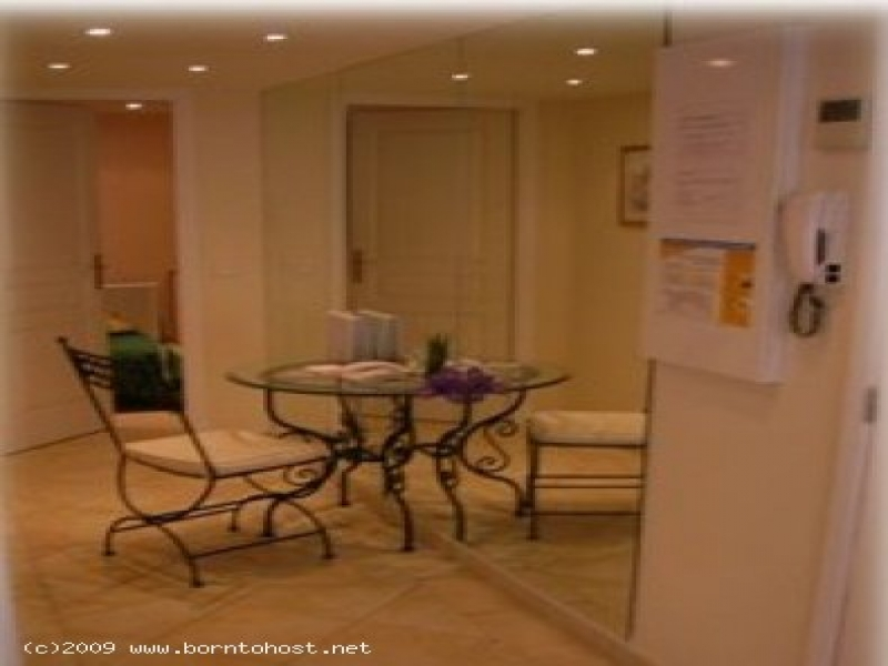 SPACIOUS 2  BEDROOMS 120 meter from palais des fes