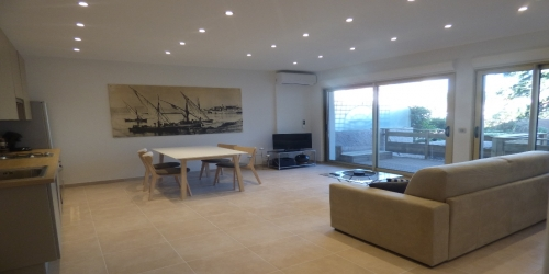 COMTEMPORARY 2 BEDROOMS 8 mn from Palais des Festivals