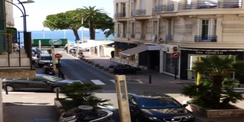 SPACIOUS 2 BEDROOM 5mn from Palais des Festivals