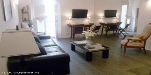 STYLISH  2  BEDROOMS 3 mn from Palais des Festivals