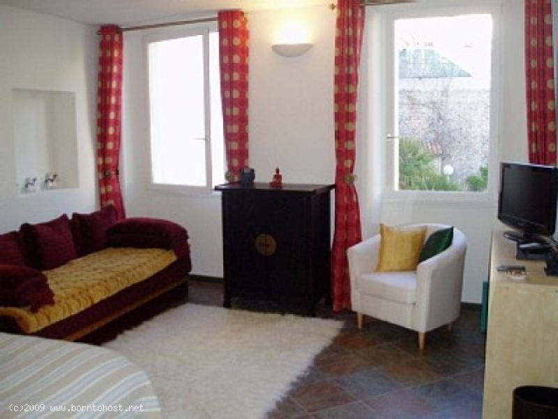COSY CHARMING 3 BEDROOMS 3 mn  from palais des fes