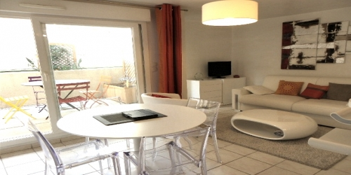 MODERNE SPACIOUS 1 BEDROOM 6 min from Palais des Festivals