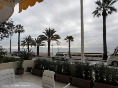 SEA VIEW 2 BEDROOMS 14 mn from Palais des Festivals