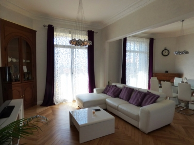 Modern & Spacious 4 Bedrooms Bourgeois, 8mn walk to Palais des Festivals