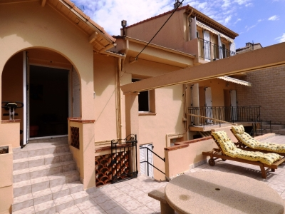 CENTER TOWN  VILLA 4 BEDROOM 10 mn from palais des festivals